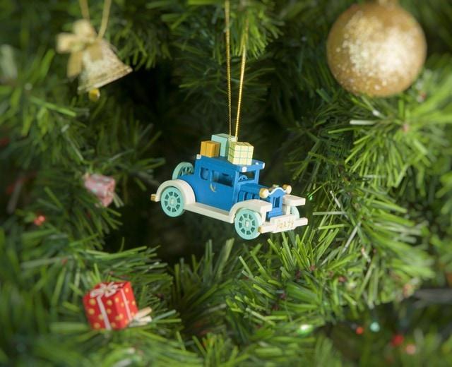 Елочная игрушка, сувенир - Машинка легковая 650-3
