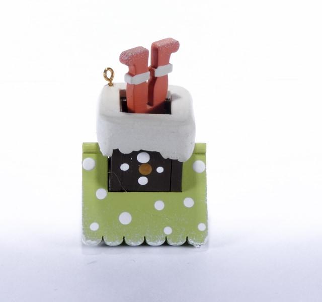 Елочная игрушка - Домик с ногами Санта Клауса 90YY61504