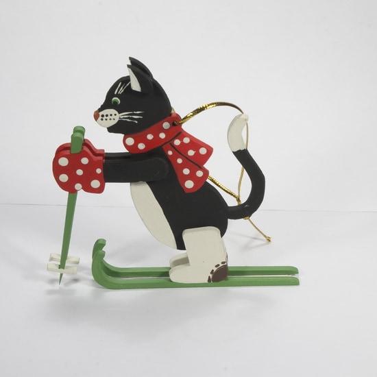 Елочная игрушка - Кошка на лыжах 9005