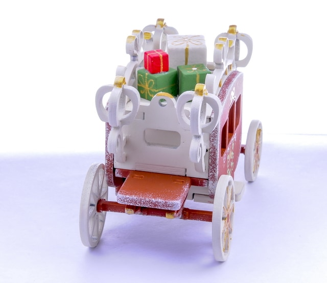 Елочная игрушка, сувенир - Карета крытая 1013