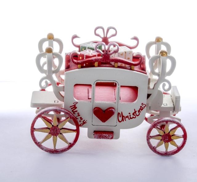 Елочная игрушка, сувенир - Карета крытая 3020 Red Heart Santa