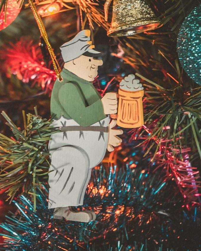 Декоративные новогодние украшения: Швейк с пивом 6011