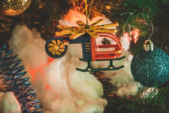 Подвесное новогоднее украшение: Вертолет малый 640-6