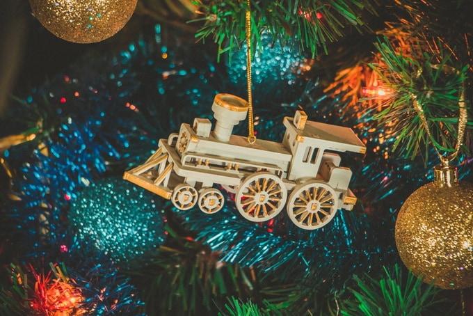 Новогодние елочные украшения: Ретро паровоз 1013
