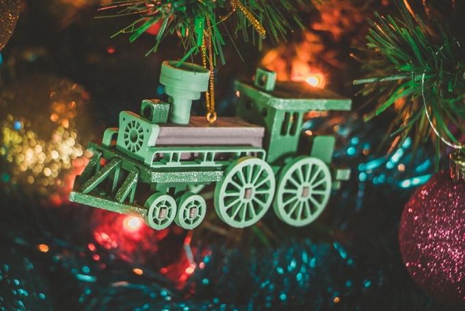 Новогодние елочные украшения: Ретро паровоз 6011