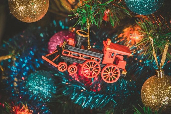 Новогодние елочные игрушки: Ретро паровоз 9005