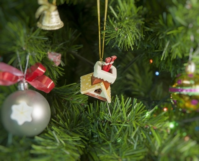 Домик с ногами Санта Клауса 290-3