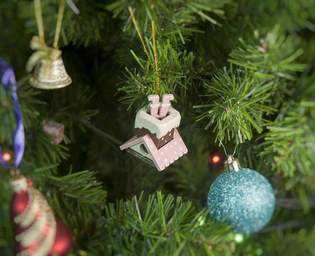 Домик с ногами Санта Клауса 3015
