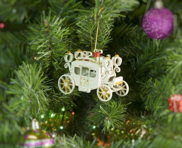 Елочная игрушка, сувенир - Карета крытая 1013  White winter