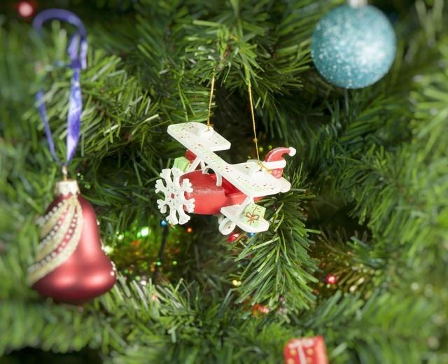 Елочные игрушки ручной работы: Самолет Биплан 3020 Santa