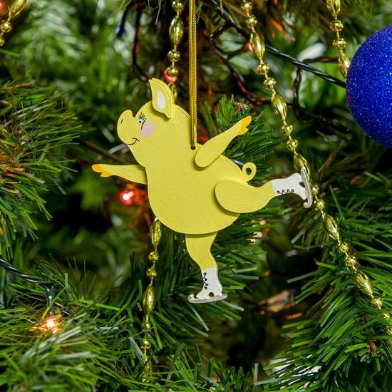 Новогодние украшения: символ 2019 года - Свинка фигуристка 270-1