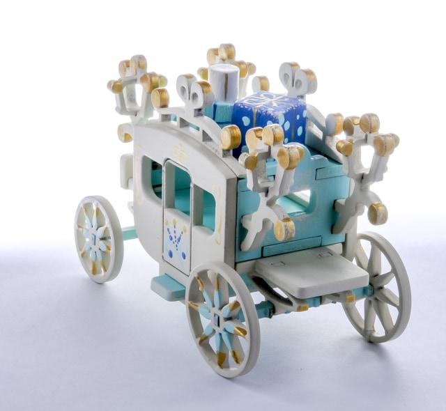 Новогодние елочные игрушки: Карета крытая 56GG64-25804