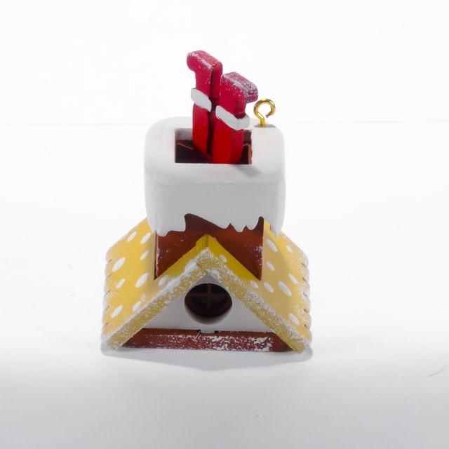 Праздничные новогодние украшения: Домик с ногами Санта Клауса 290-3