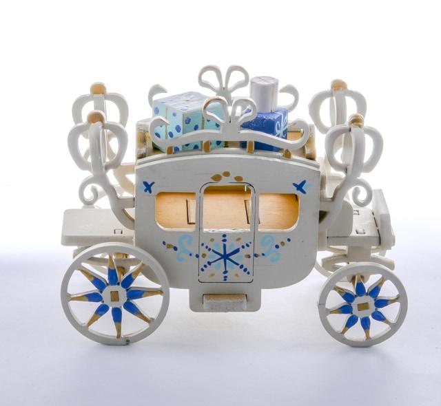 Декоративные новогодние украшения: Карета крытая 290-3