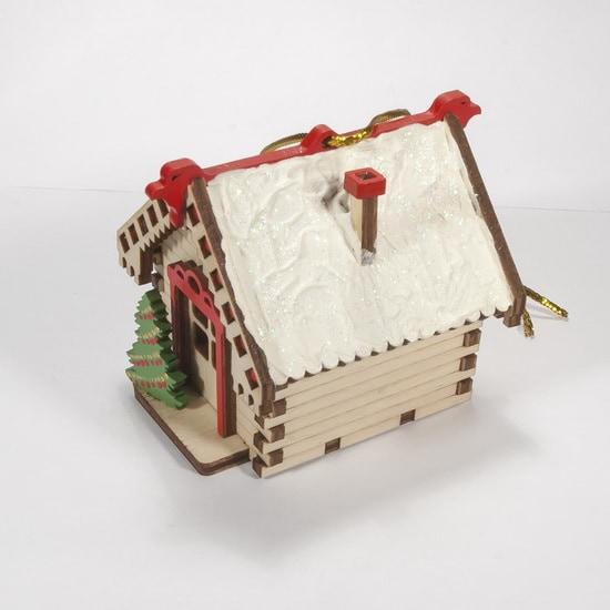 Елочные игрушки: Зимняя избушка 0000